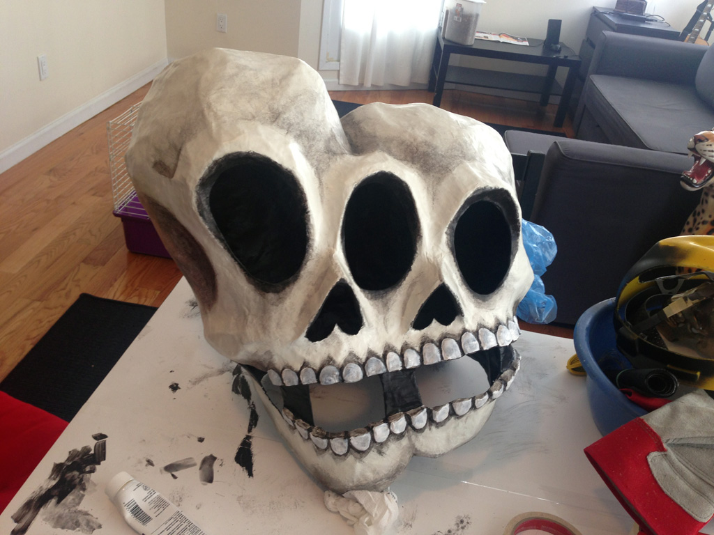 how to make a paper mache skull mask