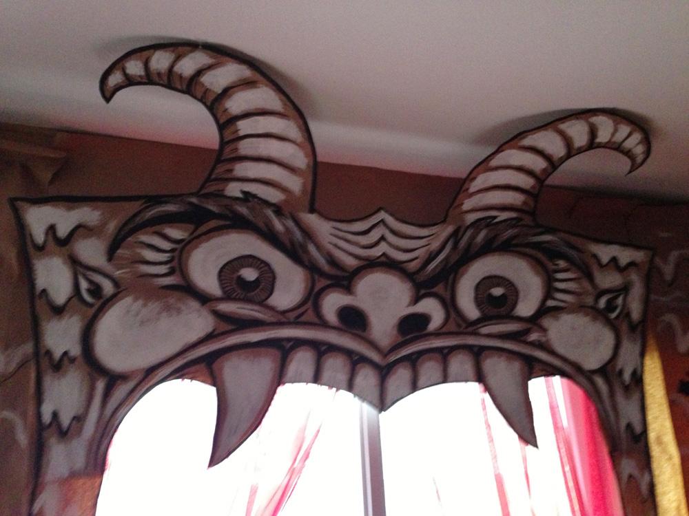 Cabaret de L'Enfer devil mouth work in progress