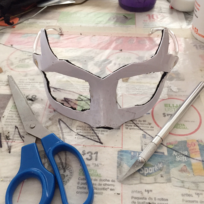 Devil Man mask -- cutting out the mask shape