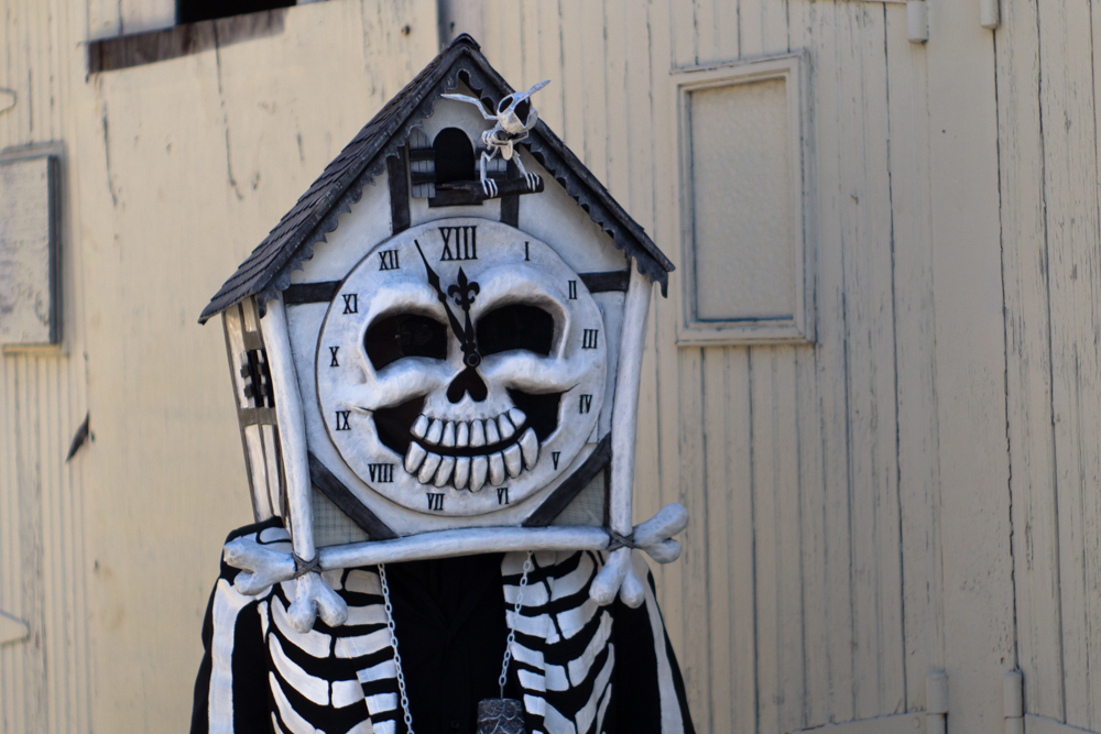 Cuckoo clock skull mask by Manning Krull