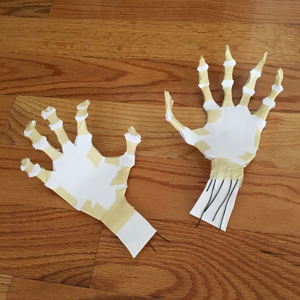 Paper mache ghost hands - posing the fingers