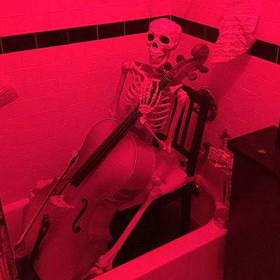 skeleton-playing-cello-th
