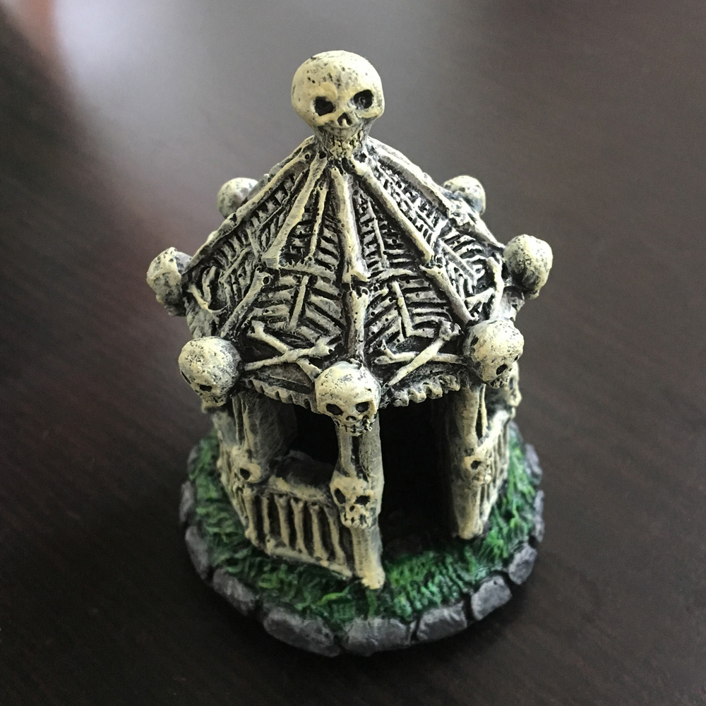 Repainting a Halloween village gazebo - finished touches