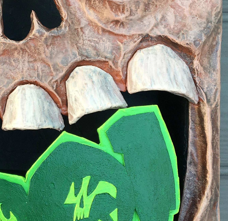 Necronomicon Haunted book sculpture - detail 4