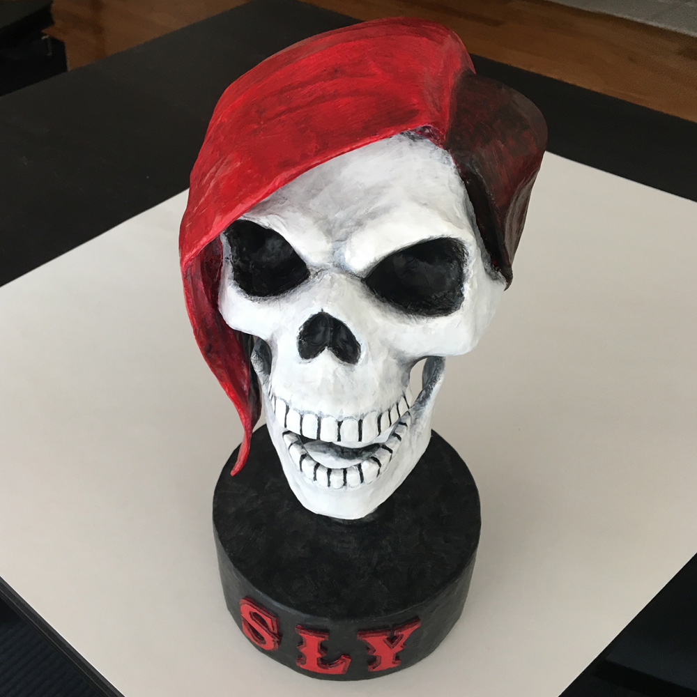 SLY skull sculpture - finished!