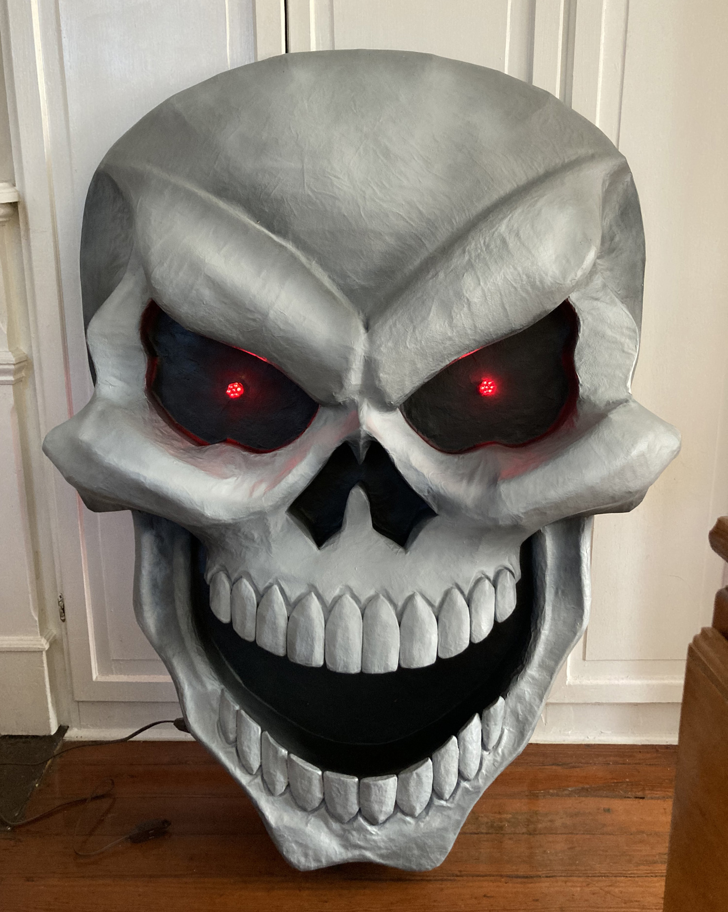 Giant paper maché skull Halloween decoration - finished!